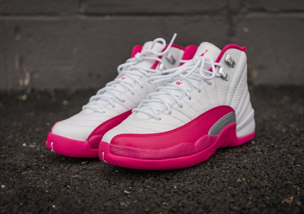 Air Jordan 12 Retro Vivid Pink (1)