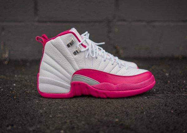 Air Jordan 12 Retro Vivid Pink (4)