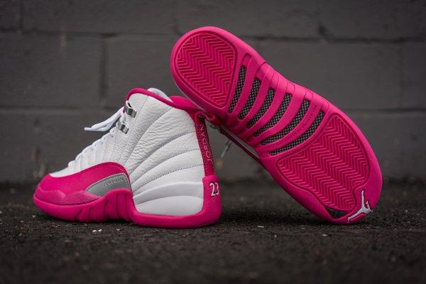 Air Jordan 12 Retro Vivid Pink (5)