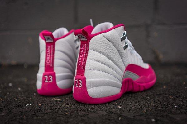 Air Jordan 12 Retro Vivid Pink (6)
