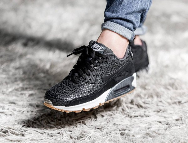 Basket Nike Air Max 90 PRM Black Safari Gum (1)