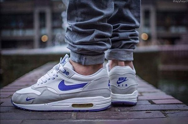 Nike Air Max 1 Grape - @ayyhaych (mini swoosh)