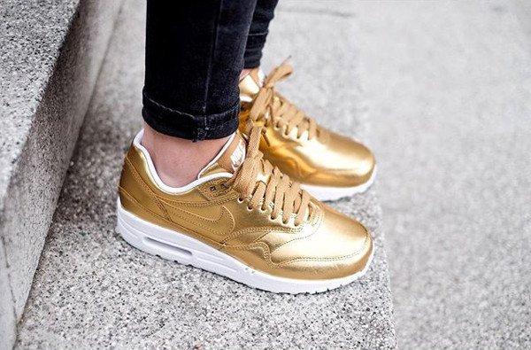 Nike Air Max 1 ID Metallic Gold - @chiliconfashion