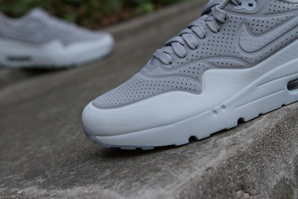 Nike Air Max 1 Ultra Moire Wolf Grey Pure Platinum (2)