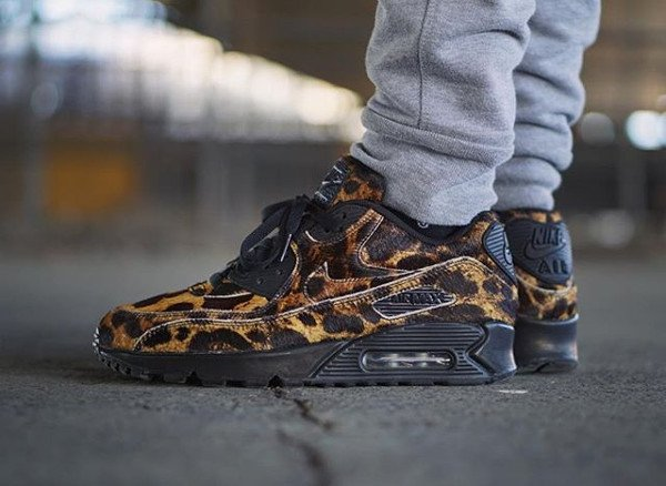 Nike Air Max 90 ID Pony Hair - @jojodelpueblo