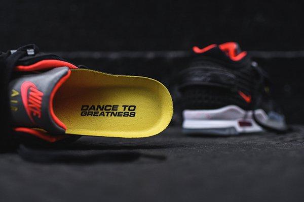 Nike Air Trainer Victor Cruz Black Bright Crimson (Quickstrike) (9)