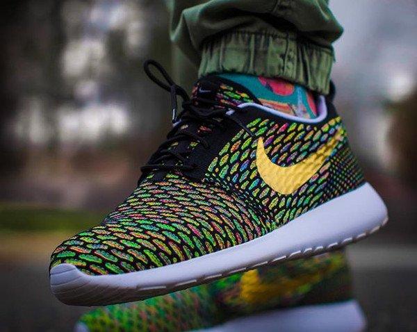 Nike Roshe Flyknit ID Multicolor - @decortez_