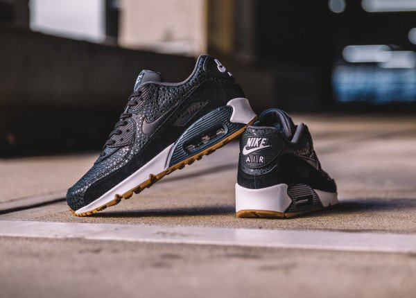 Nike Wmns Air Max 90 Premium Black Safari Gum (femme) (3)
