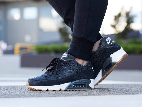 Nike Wmns Air Max 90 Premium Black Safari Gum (femme) (4)