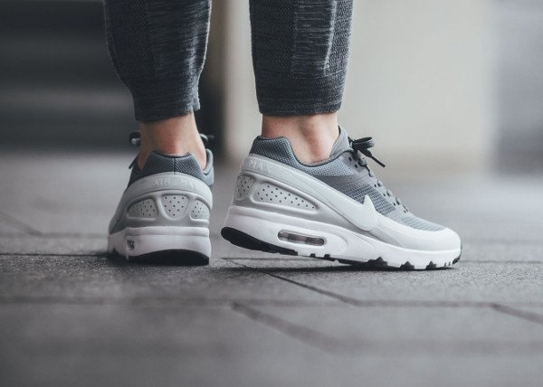 sports shoes 96cd6 daa15 acheter Nike Air Max 90 BW Ultra Cool Grey pas cher (2)
