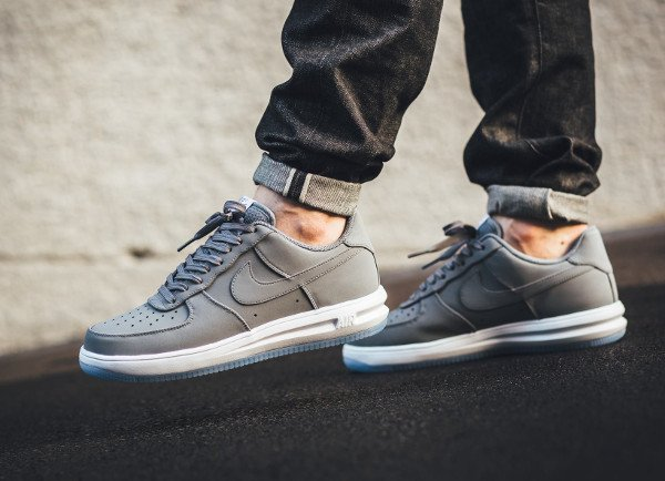 acheter Nike Lunar Force 1 '14 Low Suede Cool Grey Ice pas cher (3)
