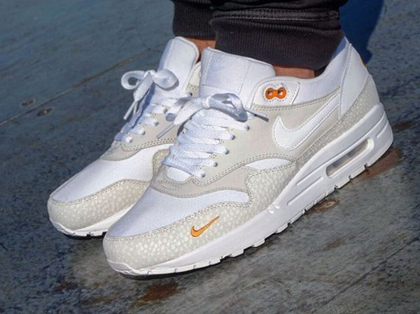 basket Nike Air Max 1 PRM Safari QS Kumquat Mini Swoosh pas cher (2)
