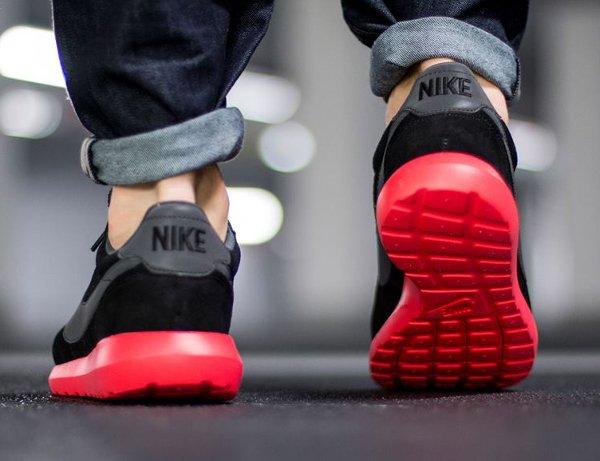 basket Nike Roshe LD 1000 Suede Black Siren Red QS (4)