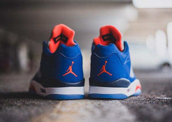 chaussure Air Jordan 5 Retro Low Knicks ou Cavs (5)