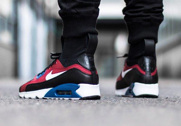 chaussure HTM x Nike Air Max 90 Ultra Superfly T par Tinker Hatfield (3)