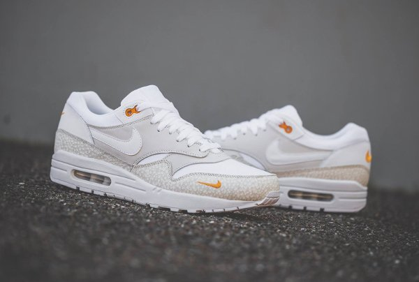 chaussure Nike Air Max 1 Premium Safari White Kumquat quickstrike (1)