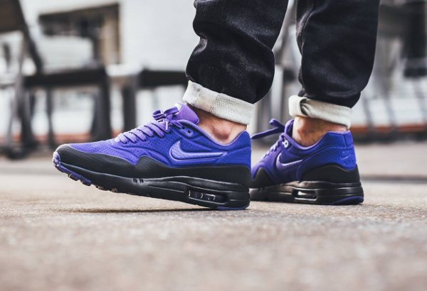 chaussure Nike Air Max 1 Ultra Moire BW OG Black Persian Violet pas cher (2)