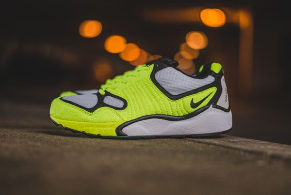 chaussure Nike Air Zoom Talaria OG SP White Volt 2016 (1)