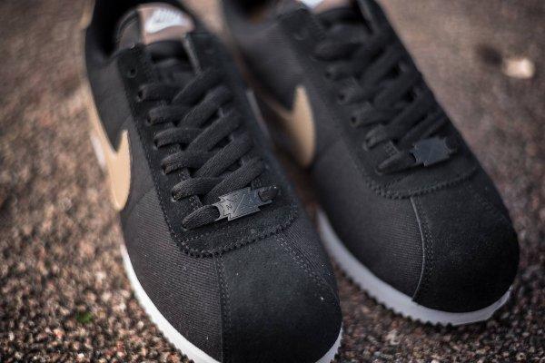 chaussure Nike Cortez Basic Premium Baseball Black Desert Camo quickstrike (7)