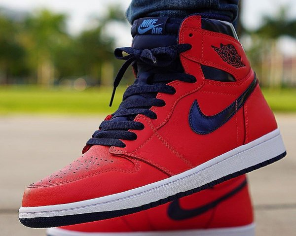 Basket Air Jordan 1 Retro High OG David Letterman Light Crimson (1)
