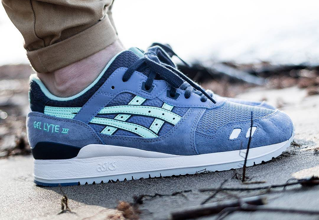 check-out 9a2ca 61058 coupon for asics gel lyte iii light bleu 2ee7f a9cf8