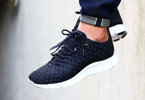 Nike Free Inneva Woven (Black Anthracite Summit White)