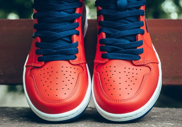 Chaussure Air Jordan 1 Retro High OG David Letterman (2)