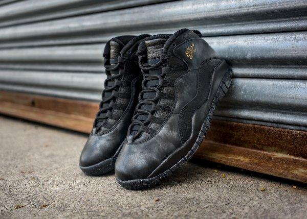 Chaussure Nike Air Jordan 10 Retro NYC (1)