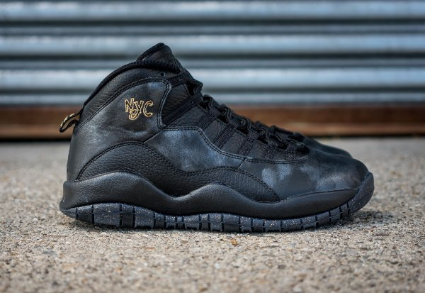 Chaussure Nike Air Jordan 10 Retro NYC (2)