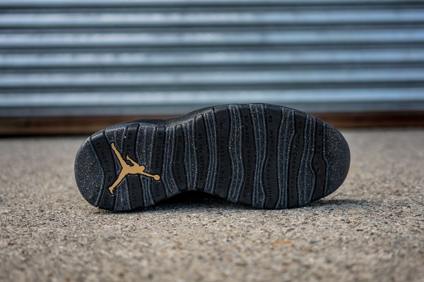Chaussure Nike Air Jordan 10 Retro NYC (4)
