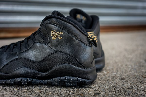 Chaussure Nike Air Jordan 10 Retro NYC (7)