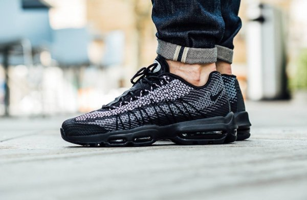 the best attitude b52ca 2aa2f Chaussure Nike Air Max 95 Ultra Jacquard Black White Stealth Wolf Grey (1)