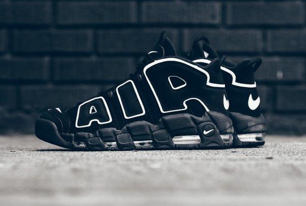 Chaussure Nike Air More Uptempo OG noire retro 2016 pas cher (1)
