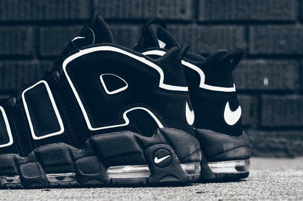 Chaussure Nike Air More Uptempo OG noire retro 2016 pas cher (2)
