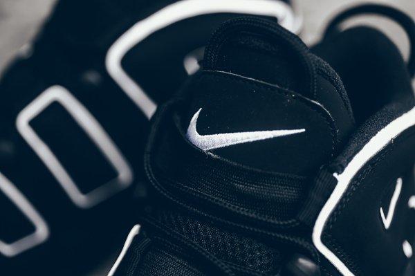 Chaussure Nike Air More Uptempo OG noire retro 2016 pas cher (6)