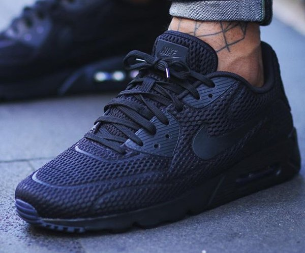 Nike Air Max 90 Ultra BR Triple Black pas cher (1)