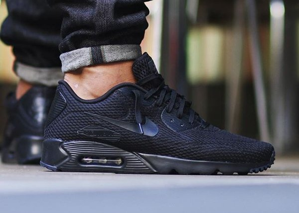 Nike Air Max 90 Ultra BR Triple Black pas cher (2)