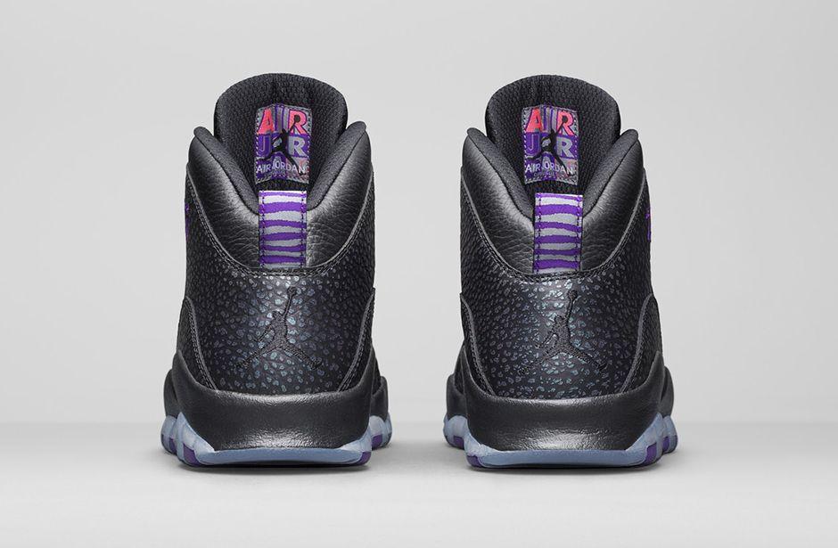 ... Air Jordan 10 est en cuir premium noir contrastant avec les accents violets. Une exclusivité pour l'Europe. D'autres villes à l'honneur prochainement.