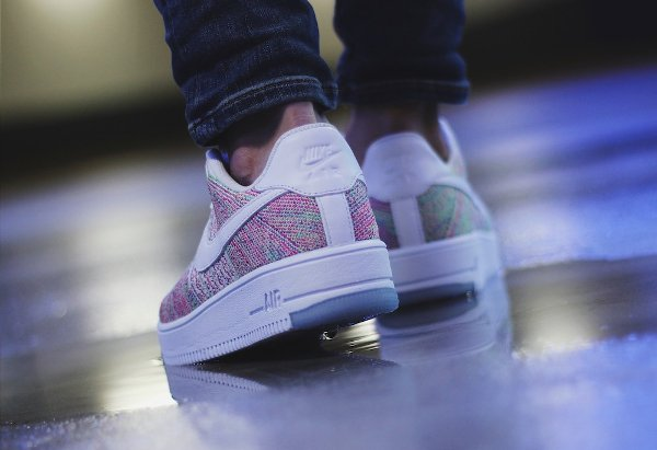 basket Nike Air Force 1 Flyknit Low Multicolor Radiant Emerald pas cher (4)