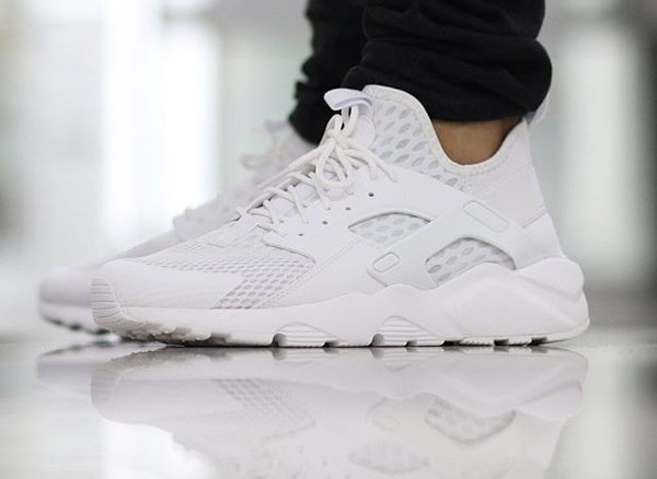 nike air huarache ultra blanche. Black Bedroom Furniture Sets. Home Design Ideas