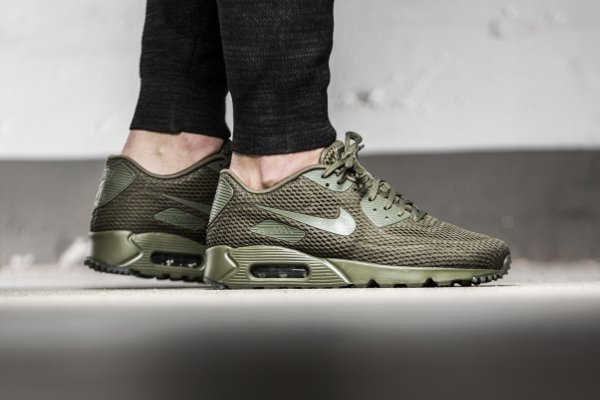 basket Nike Air Max 90 Ultra Breathe Medium Olive (1)