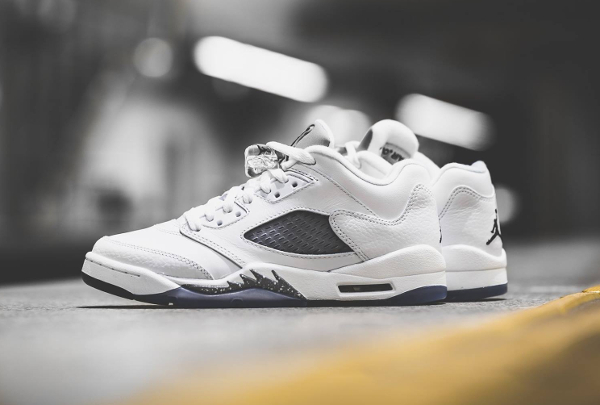 chaussure Air Jordan 5 Retro Low GG White Metallic Silver femme (3)