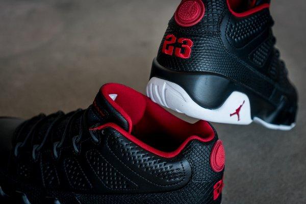 chaussure Air Jordan 9 Retro Low Black White Gym Red (3)