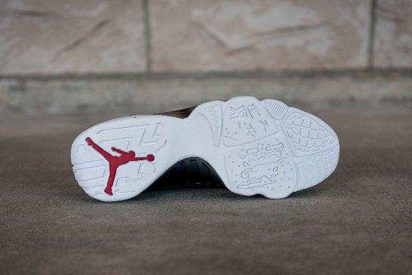 chaussure Air Jordan 9 Retro Low Black White Gym Red (5)