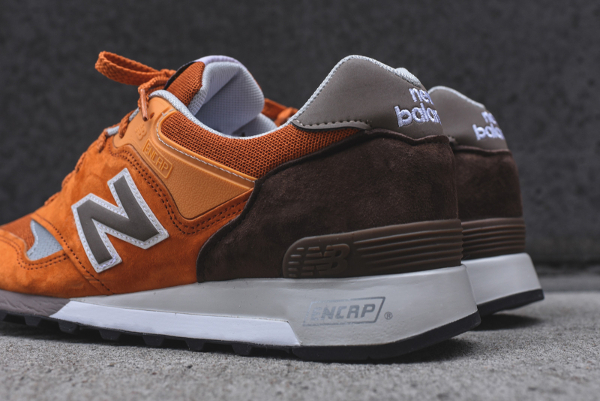 chaussure New Balance M577ETO (made in England) (3)