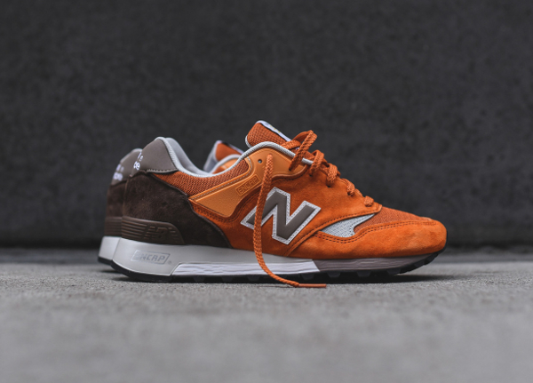 chaussure New Balance M577ETO (made in England) (5)