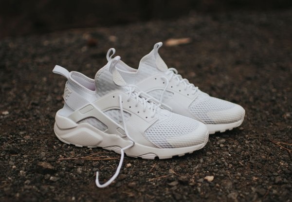 chaussure Nike Air Huarache Ultra Breathe blanche (3)