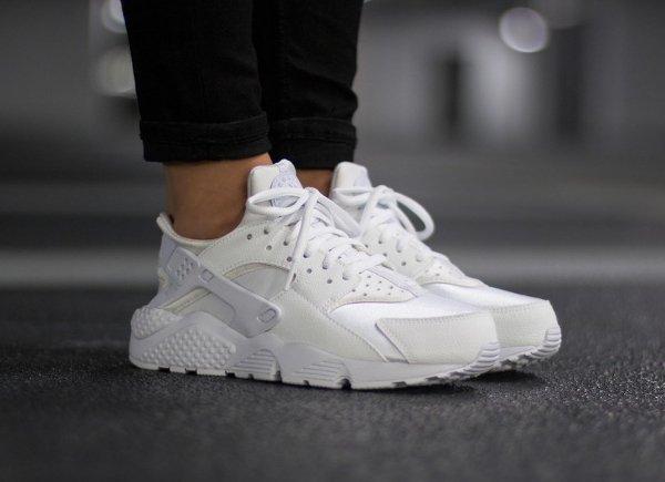 chaussure Nike Air Huarache White (blanc cassé) (1)