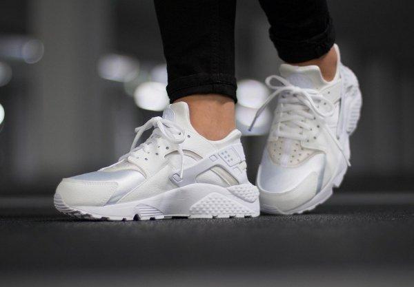 chaussure Nike Air Huarache White (blanc cassé) (2)