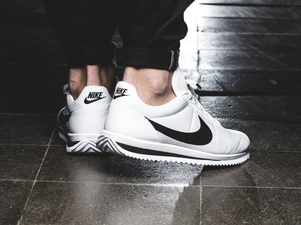 new product 5f7f7 385d1 chaussure Nike Cortez Ultra blanche (3)